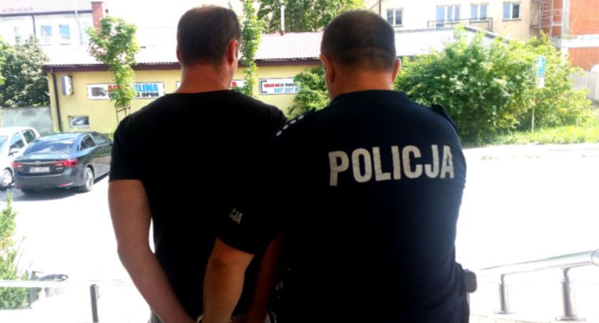Kronika policyjna, Zatrzymano mężczyznę podejrzewanego doprowadzenie małoletniej innej czynności seksualnej - zdjęcie, fotografia