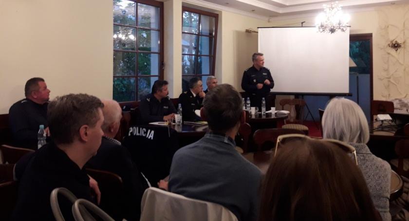 Kronika policyjna, Porozmawiajmy bezpieczeństwie możesz mieć wpływ! - zdjęcie, fotografia
