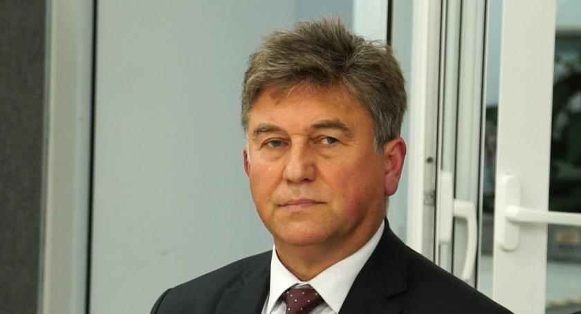 Radni Powiatu, Oświadczenie Włodzimierza Rasińskiego taśmy Pruszczyka - zdjęcie, fotografia