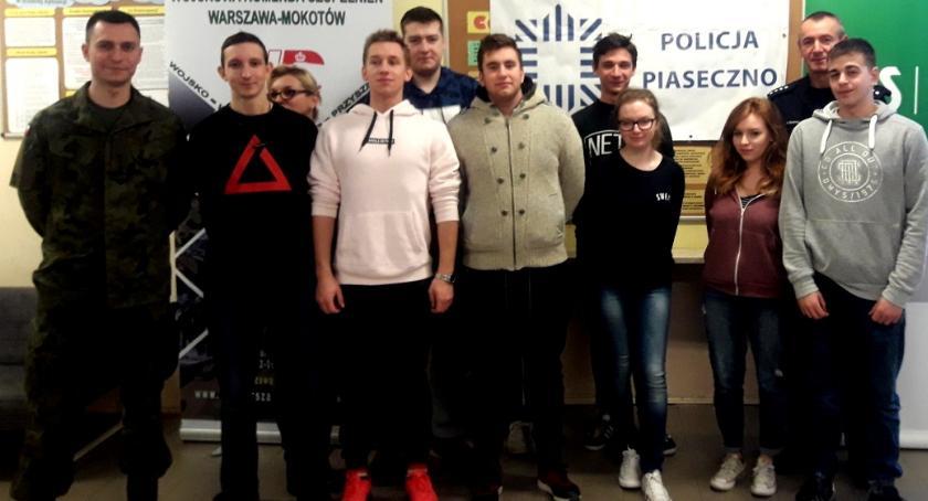 Kronika policyjna, Szkolne Kariery udziałem piaseczyńskiej policji - zdjęcie, fotografia