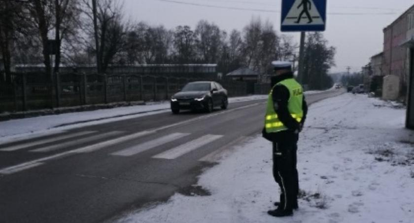 Kronika policyjna, Niechronieni uczestnicy ruchu drogowego - zdjęcie, fotografia