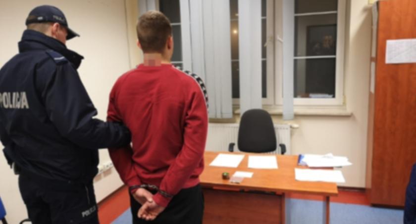 Kronika policyjna, Zatrzymani środkami odurzającymi - zdjęcie, fotografia