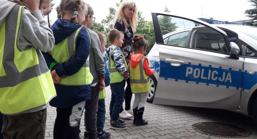 Kronika policyjna, bezpieczeństwie najmłodszych - zdjęcie, fotografia
