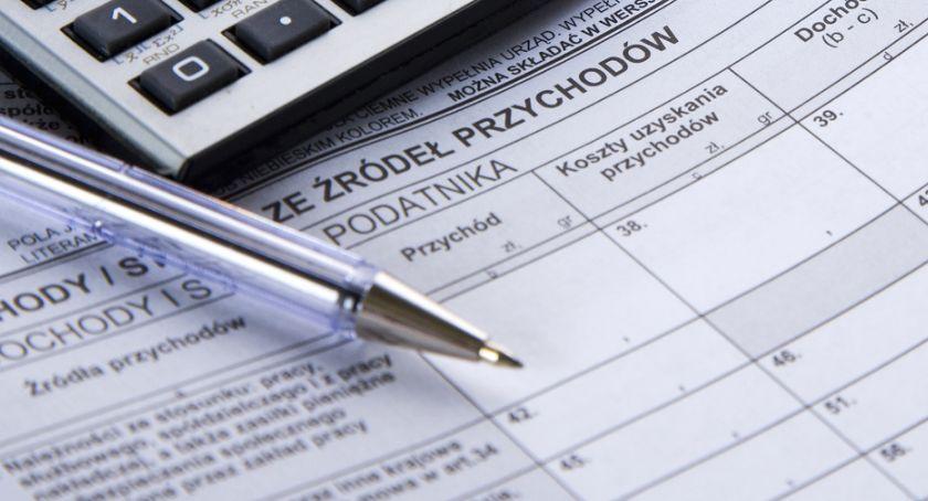 Sprawy lokalne, Informacja osób mieszkających granicami Polski dotycząca podatku - zdjęcie, fotografia