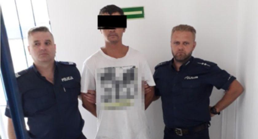 Kronika policyjna, Zatrzymano sprawcę kradzieży renault - zdjęcie, fotografia