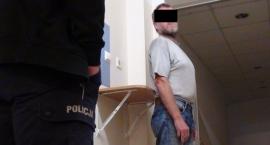 Areszt za znęcanie się nad 80-letnią matką