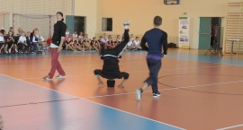 Break dance show w wykonaniu elitarnej grupy Battle Tribe Crew
