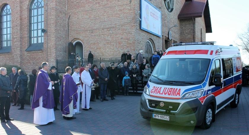 Zdrowie i opieka społeczna, ambulans Piastowie - zdjęcie, fotografia