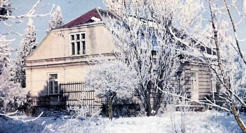 Osiedle Gołąbki ma szlacheckie pochodzenie, a gdy było wsią, zamieszkiwali ją prezydent i premier
