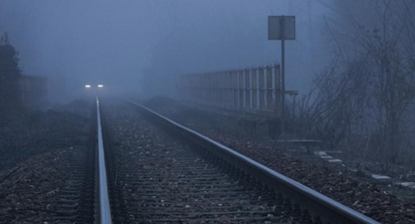 Pociąg relacji Warszawa Wschodnia – Łódź Fabryczna zabił człowieka na wysokości stacji w Ursusie