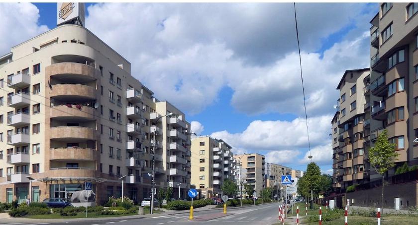 Inwestycje, Dylemat życiowy Ursusa sypialnia przemysł może znów osobne miasto - zdjęcie, fotografia