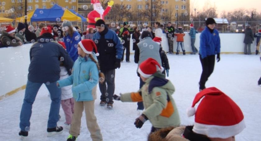Inne dyscypliny, Ursuskie lodowiska wystartują pierwszej połowie grudnia dodatek bezpłatnie! - zdjęcie, fotografia