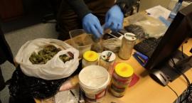 25-letni mieszkaniec Ursusa aresztowany za posiadanie znacznej ilości narkotyków