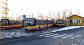 Czym częściej podróżuje mieszkaniec Ursusa: autobusem, autem czy koleją? A może chodzi piechotą?