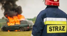 Wypadki w Ursusie: mężczyzna potrącony przez pociąg i płonący samochód na Rakietników