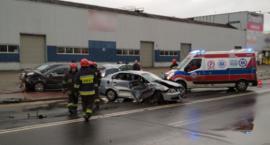 Kolejne zderzenie aut na ulicy Gierdziejewskiego, tym razem passata i cordoby