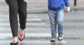 Dyskusja po śmierci 12-letniego Kuby na pasach u zbiegu ulic Kolorowej i Tomcia Palucha
