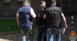 Policjanci z Ursusa zatrzymali Tomasza S. Mężczyzna usłyszał 4 zarzuty