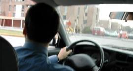 Ponad promil alkoholu w żyle i brak prawa jazdy