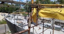 Bezdomni ze schroniska Ojców Kamilianów przy ul. Traktorzystów budują pełnomorski jacht