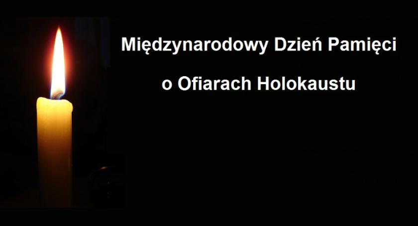 święta kościelne i państwowe , Międzynarodowy Dzień Pamięci Ofiarach Holocaustu obchody Pruszkowie - zdjęcie, fotografia