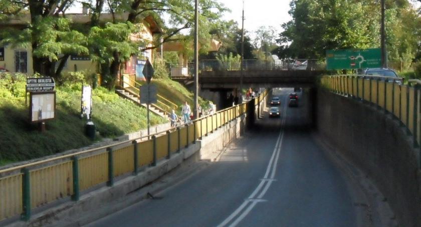 komunikacja, Kolejne prace linii Grodzisk Mazowiecki przebudowa wiaduktu Brwinowie przebudowa - zdjęcie, fotografia
