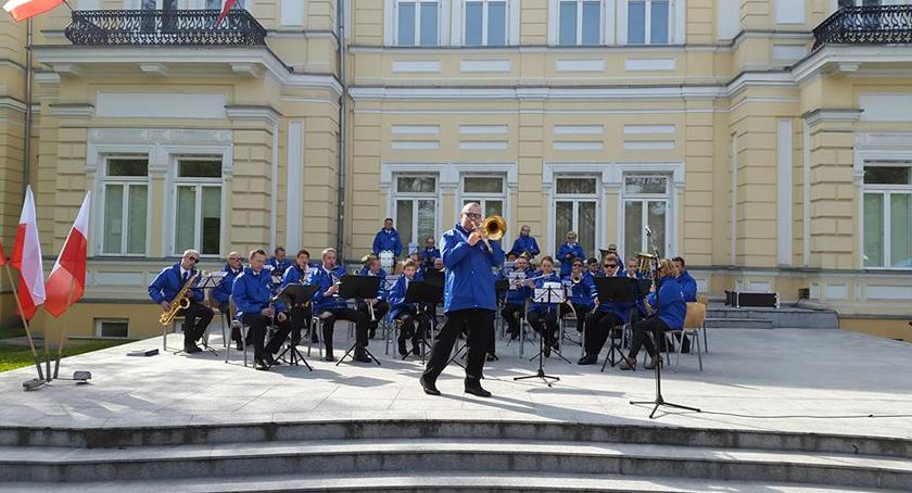 edukacja, Orkiestra Dęta Pruszkowianka naukę nigdy późno - zdjęcie, fotografia