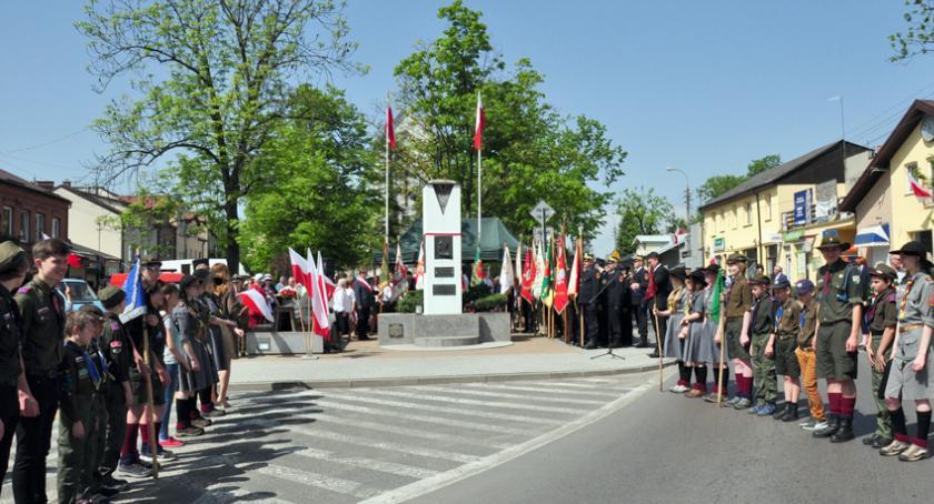święta kościelne i państwowe , Brwinów świętował - zdjęcie, fotografia