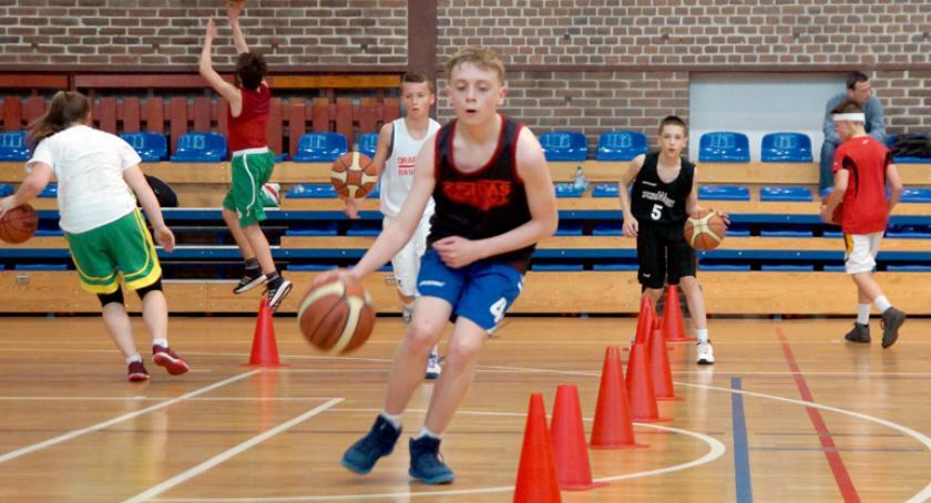 koszykówka, Letni młodych koszykarzy zorganizowany przez Pruszków - zdjęcie, fotografia