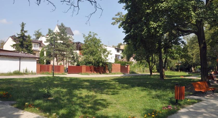 inwestycje, Przetarg budowę drogi parkowej Brwinowie - zdjęcie, fotografia
