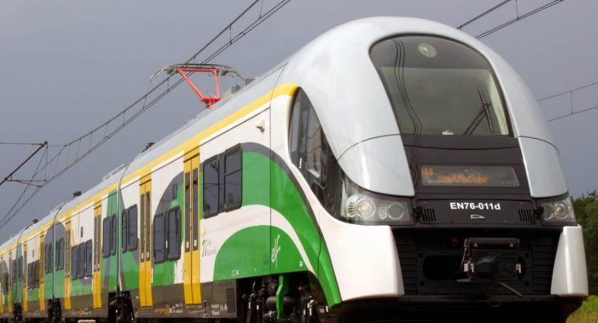 inwestycje, Korekta rozkładu jazdy pociągów Kolei Mazowieckich wrześniu - zdjęcie, fotografia