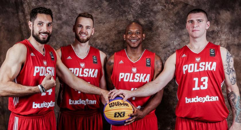 koszykówka, Koszykarska kadra trenuje Pruszkowie - zdjęcie, fotografia