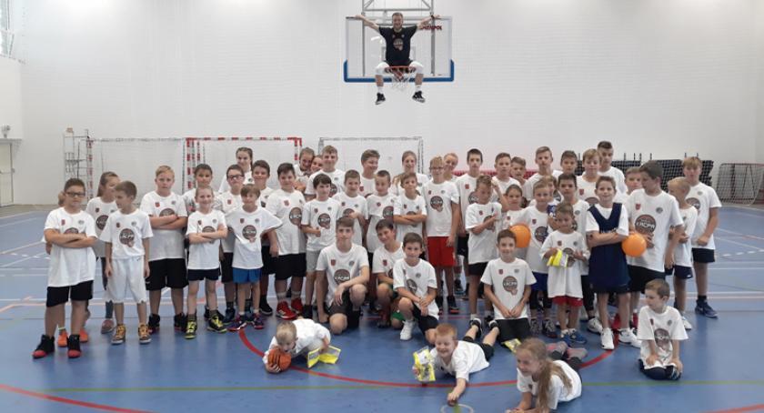 koszykówka, Pierwszy Polsce Szkolny Kacpa Challenge brwinowskiej sportowe - zdjęcie, fotografia