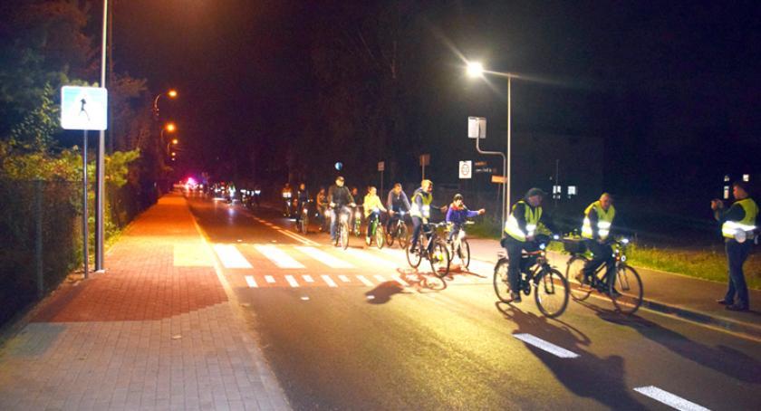 inwestycje, oświetlenie gminie Brwinów - zdjęcie, fotografia