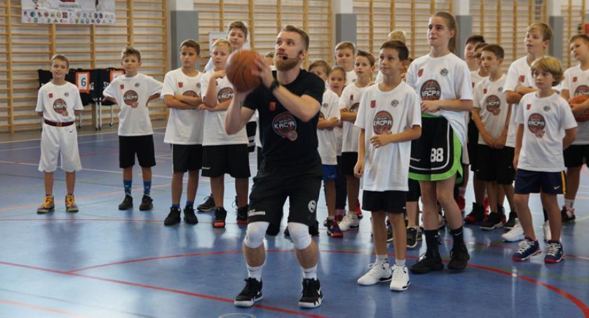 koszykówka, Kacpa Challenge rodzinna impreza fanów koszykówki Pruszkowie - zdjęcie, fotografia