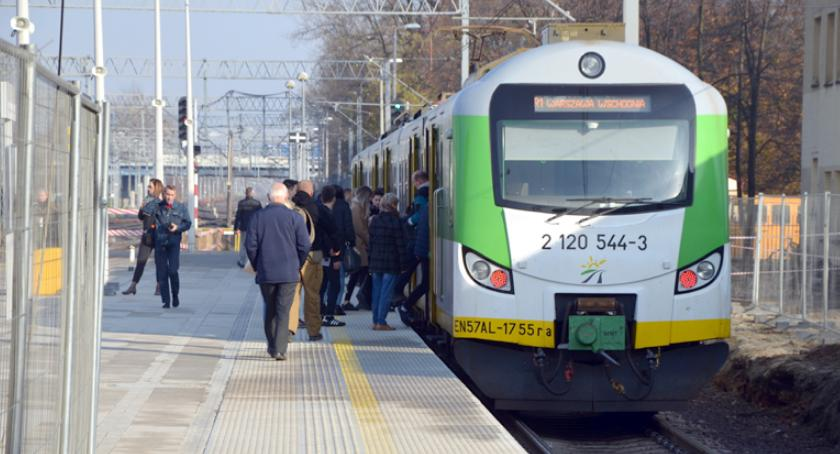 komunikacja, Lepsza obsługa pasażerów stacji Pruszkowie - zdjęcie, fotografia