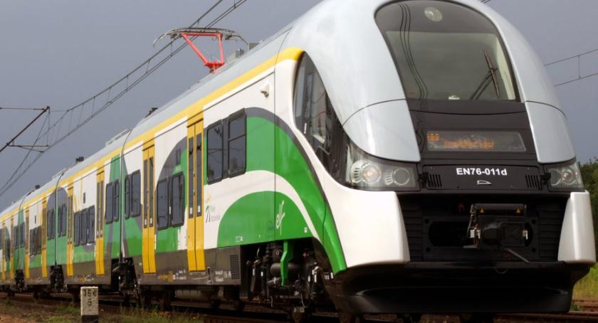 komunikacja, Przerwa ruchu pociągów odcinku Grodzisk Mazowiecki Pruszków - zdjęcie, fotografia