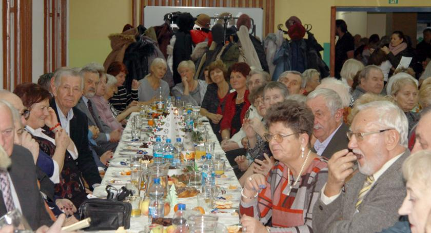 święta kościelne i państwowe , Opłatek pruszkowskim Związku Emerytów - zdjęcie, fotografia