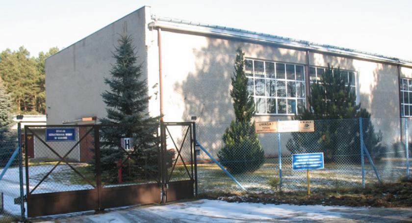 urzędy i administracja , JAKOŚĆ KOMOROWIE - zdjęcie, fotografia