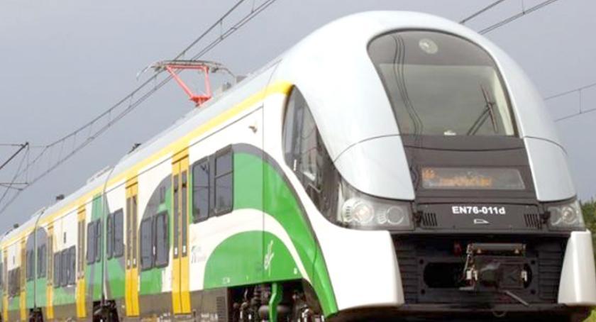 komunikacja, marcu zmieni rozkład jazdy pociągów - zdjęcie, fotografia