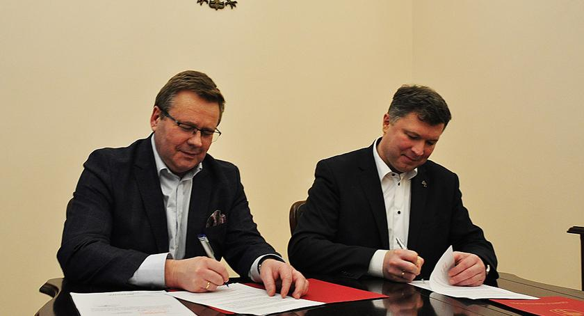 inwestycje, Projektowanie gminie Brwinów ścieżki Biskupice Czubin - zdjęcie, fotografia