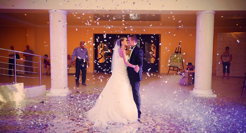 inwestycje, zaoszczędzić kosztach ślubno weselnych - zdjęcie, fotografia