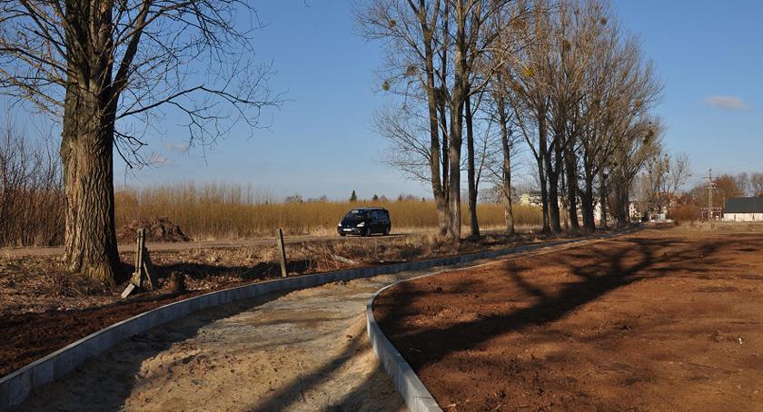 inwestycje, Budowa kolejnych ścieżek rowerowych gminie Brwinów - zdjęcie, fotografia