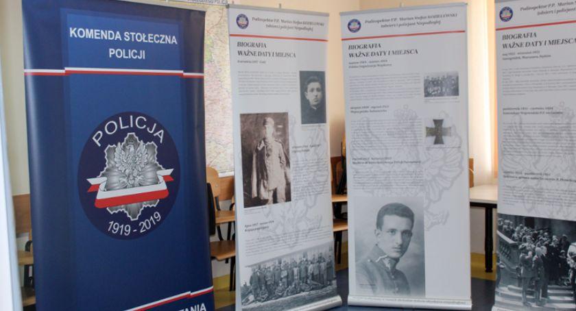 edukacja, Młodzież Liceum wystawie świetlicy pruszkowskiej komendy - zdjęcie, fotografia