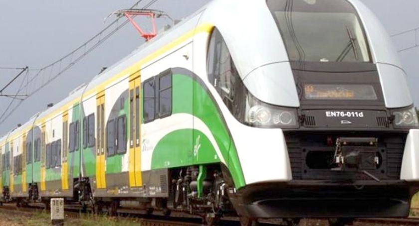 komunikacja, Zmiany kursowaniu pociągów - zdjęcie, fotografia