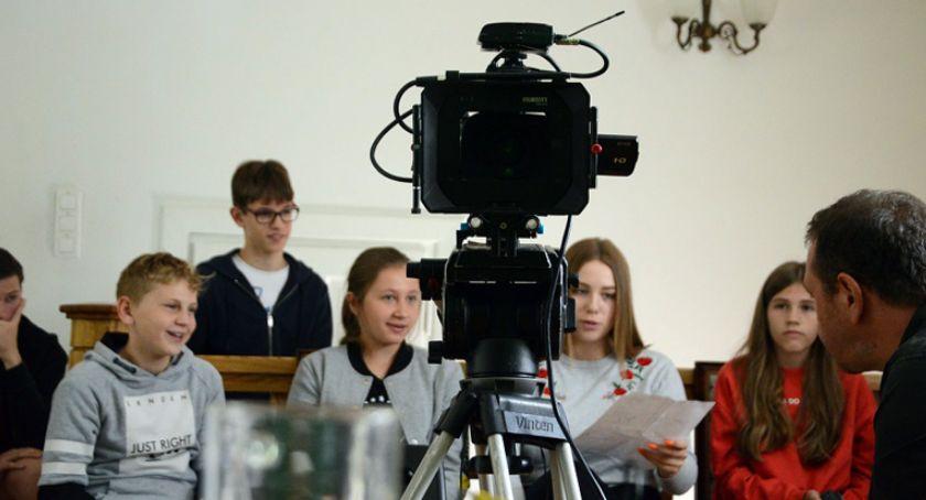 film i kino , Filmowe wakacje młodych ludzi Brwinowie - zdjęcie, fotografia