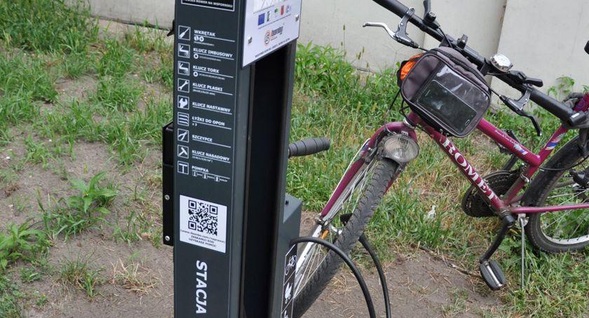 inwestycje, Samoobsługowe stacje rowerowe gminie Brwinów - zdjęcie, fotografia