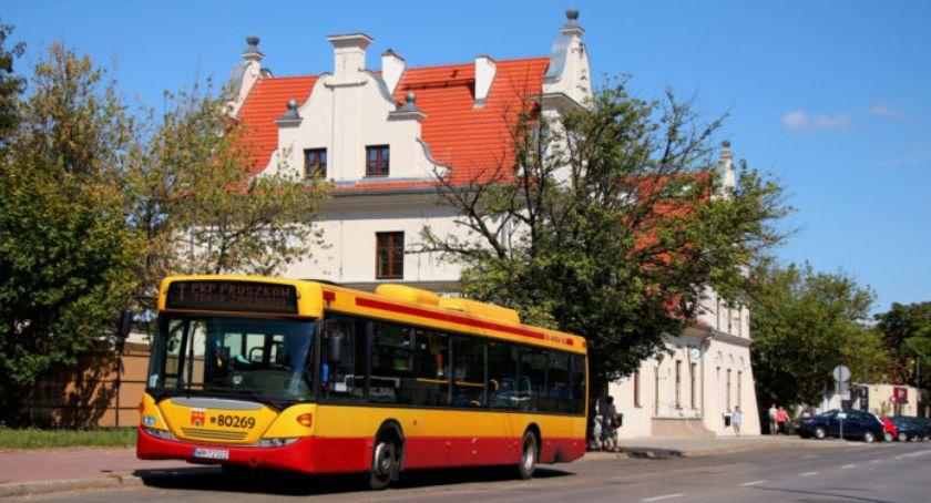 komunikacja, Zmiana rozkładu jazdy autobusów pruszkowskich linii - zdjęcie, fotografia