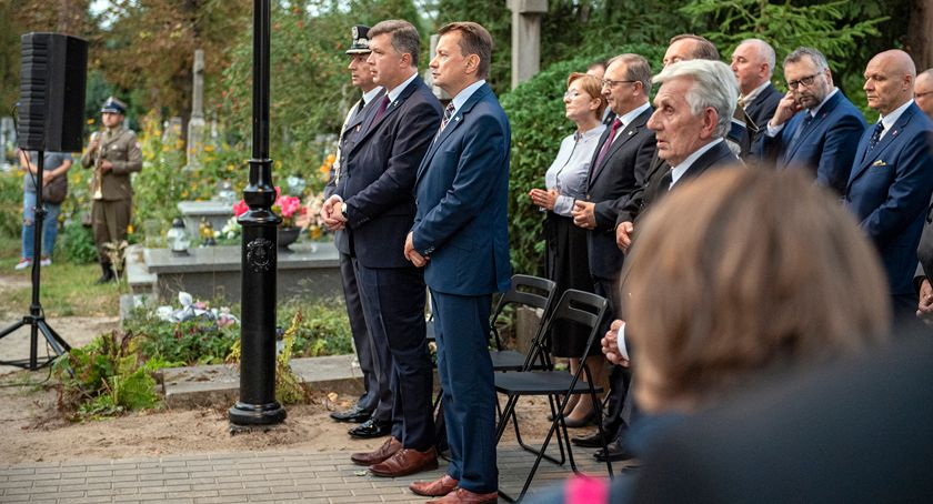 święta kościelne i państwowe , Brwinowie odbyły uroczystości związane obchodami rocznicy bitwy Brwinowem - zdjęcie, fotografia