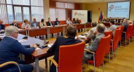 Inauguracyjne posiedzenie pierwszej w Polsce Powiatowej Rady Rozwoju